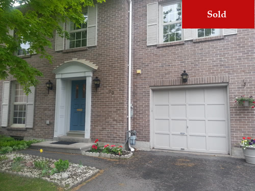 10 Chatsworth Crescent - Hunt Club, Ottawa