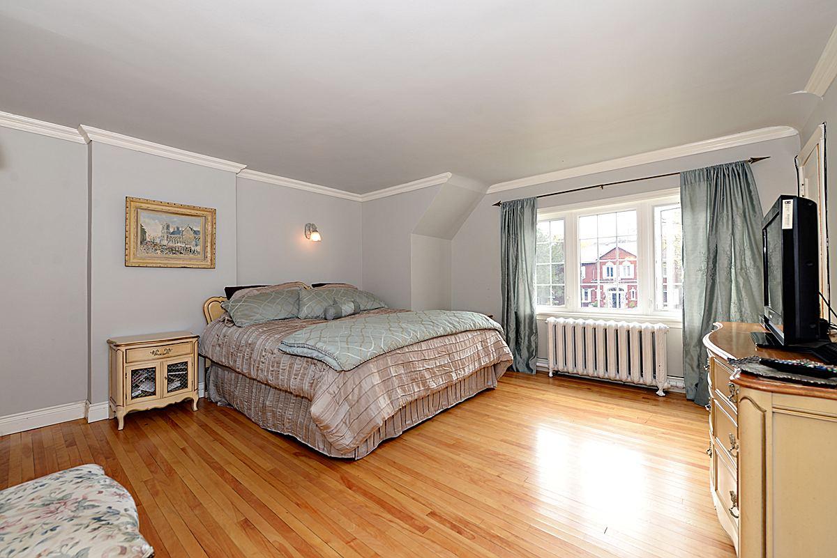 Marble Bedroom Bin