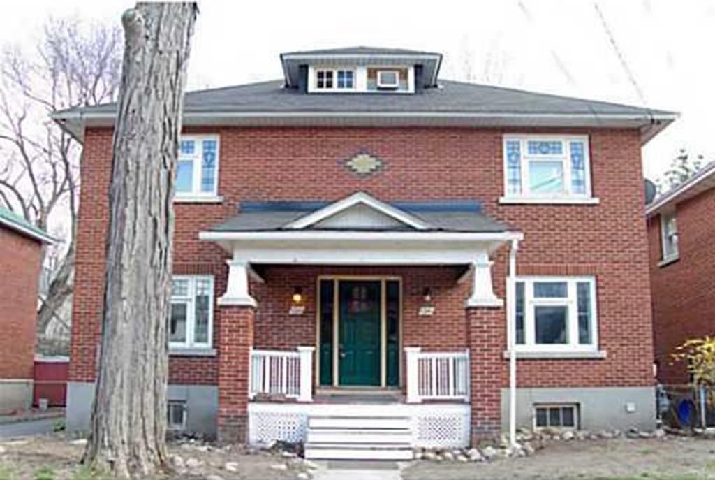 Ottawa House For Rent In Wellington Village 132 Faraday Street 1640