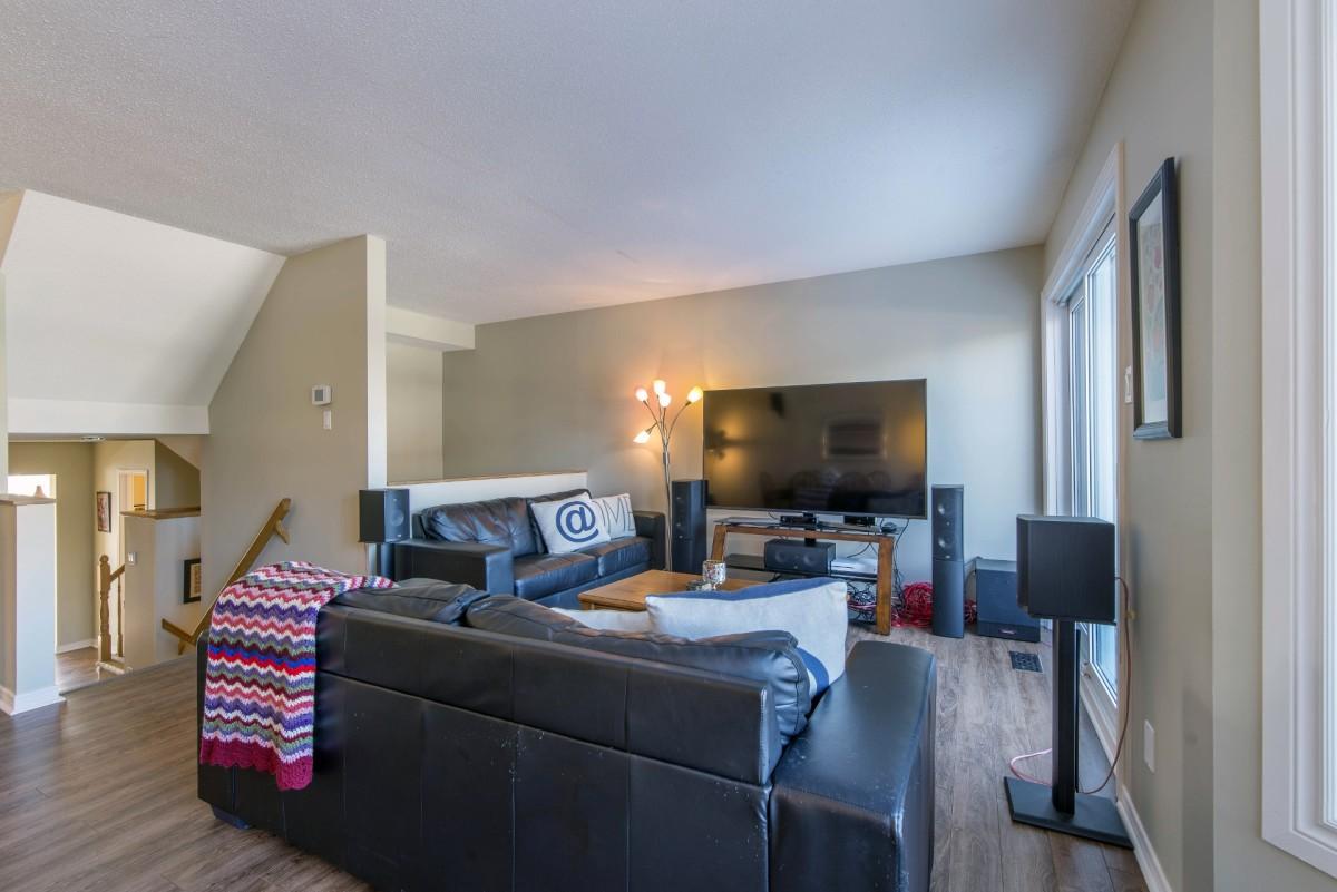 Club Living Room Ottawa Condos For In Hunt Western Community Winbro