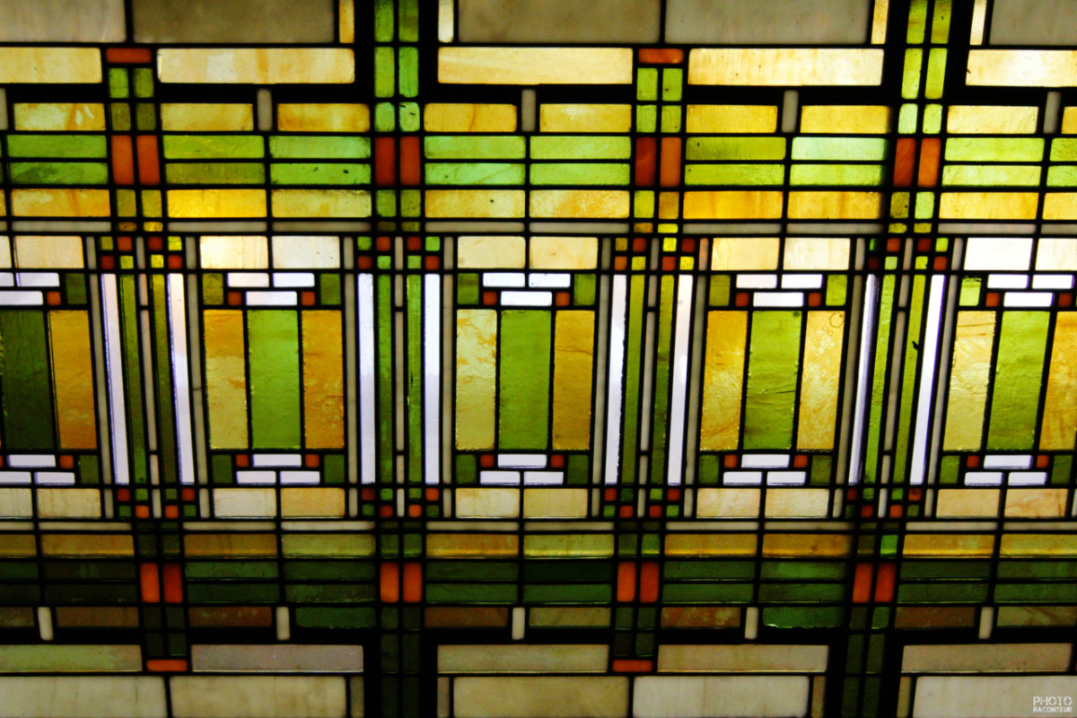 Wright Brothers Stained Glass Lamp : Architect frank lloyd wright