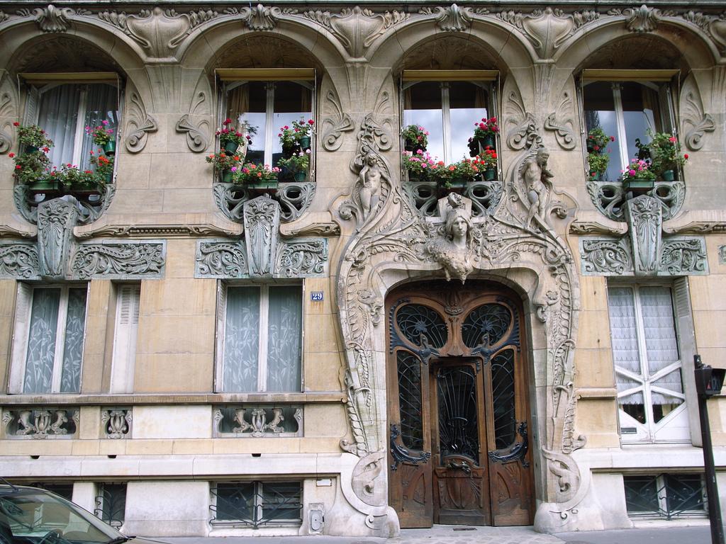 Architecture art nouveau style for Boutique deco