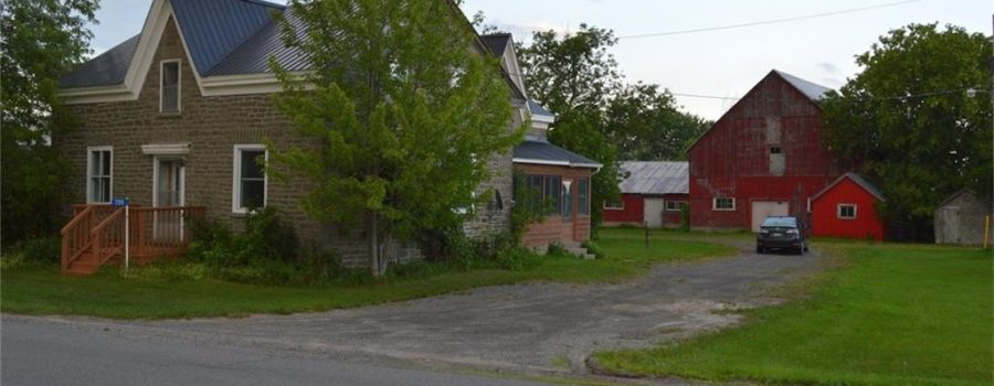 Ottawa House for Sale <br>Kemptville <br>706 Slater Road <br>$309,900